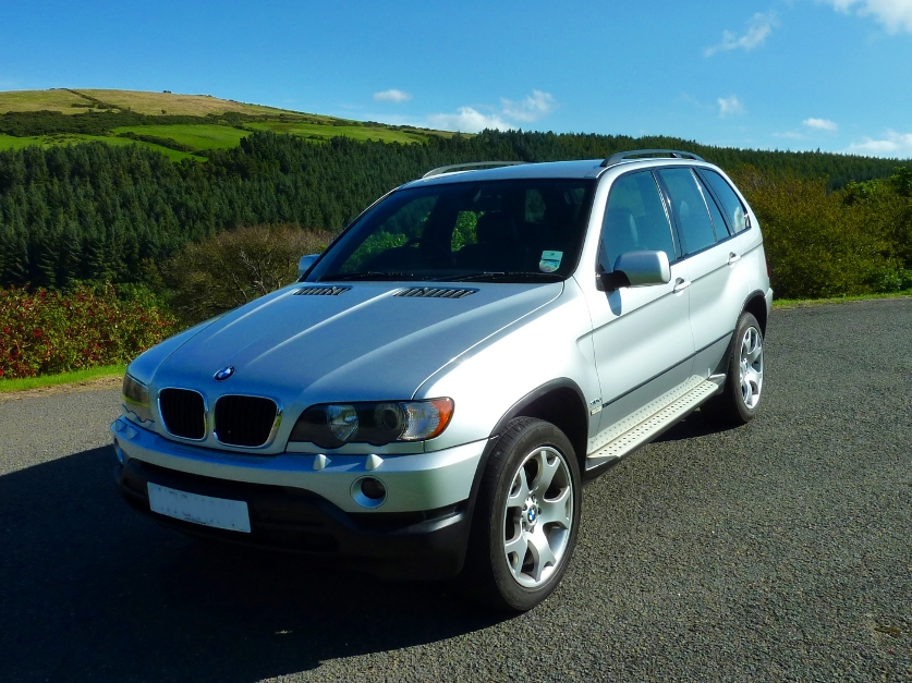 BMW X5 3.0 from private