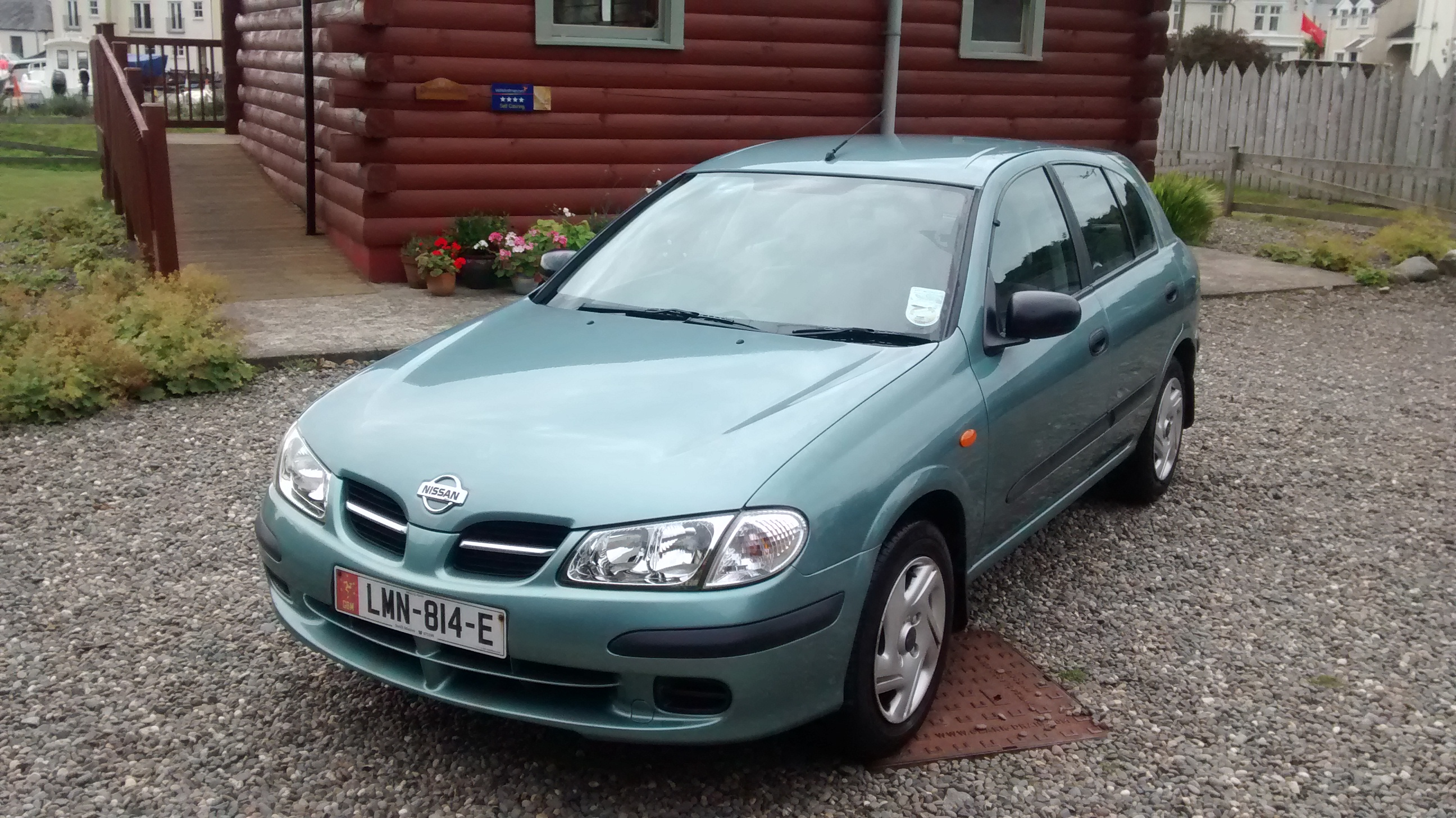 Nissan Almera 1.5 from private