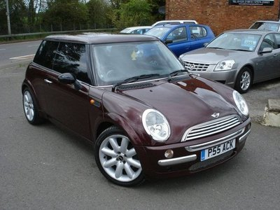 MINI Cooper 1.6 from private