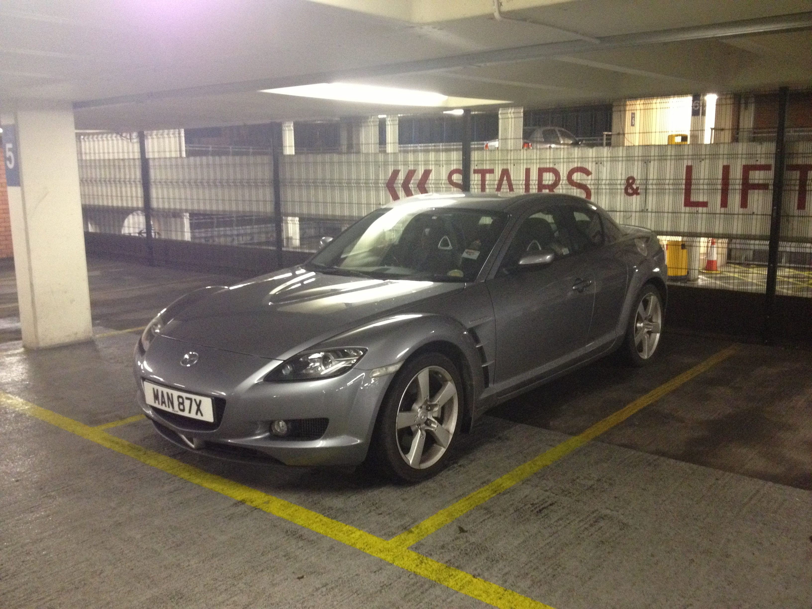 Mazda RX8 192 2600 from private