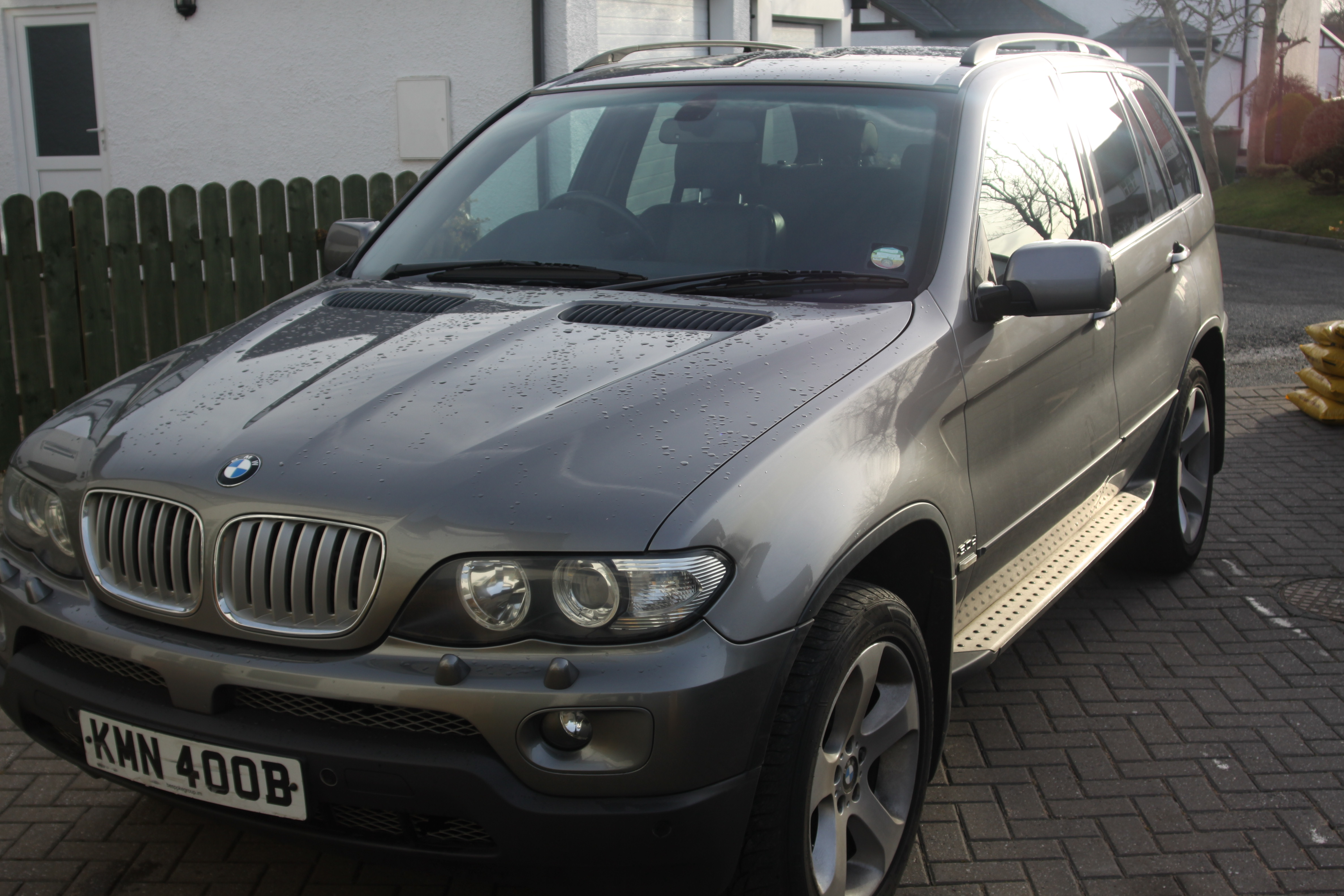 BMW  X5 - Sport 2993 cc from private