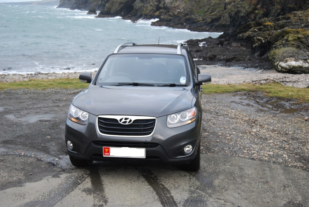 Hyundai Santa Fe 7 seater 2200 from private