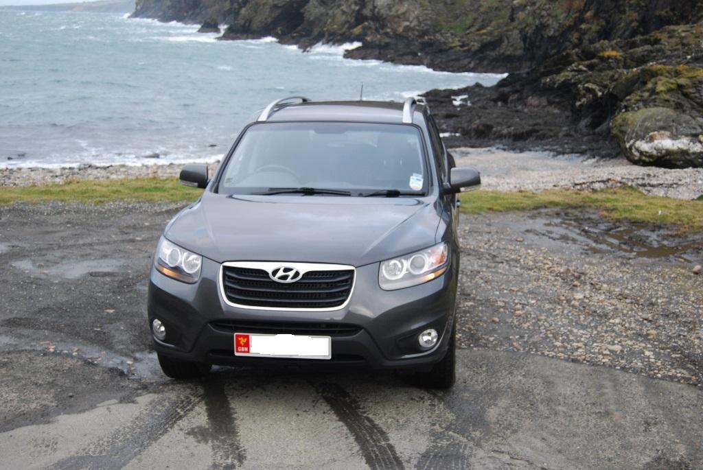 Hyundai Santa Fe 7 seater 2200 from private