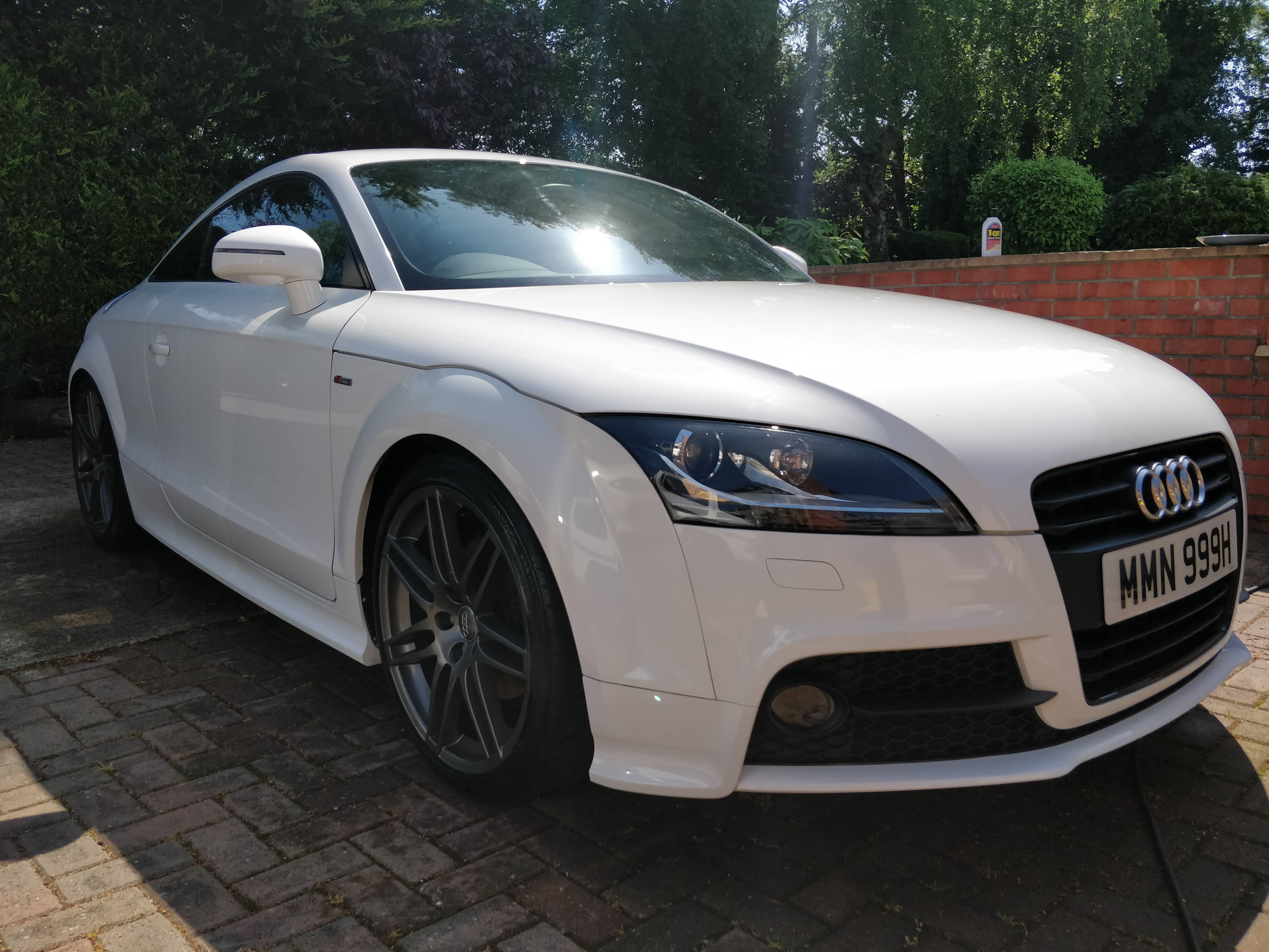 Audi TT TFSI S-Line Black Edition 2.0 from private